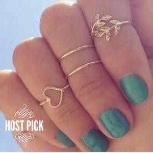 Jewelry - Set of 4 Gold Midi Rings